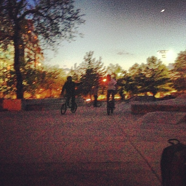 Ended my day riding McCarren skatepark @randyrushgpb @_nycrasta  #nyc #fgfs #brooklyn #mccarren #fgfsnyc