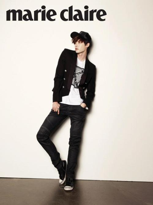 thewhoreticulturist:  Marie Claire Korea Lee Jong Suk April 2013