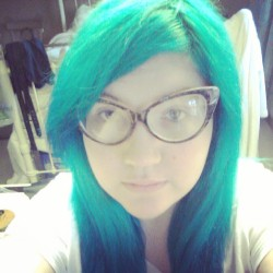 Still totally in love with my hair being green.  ♥