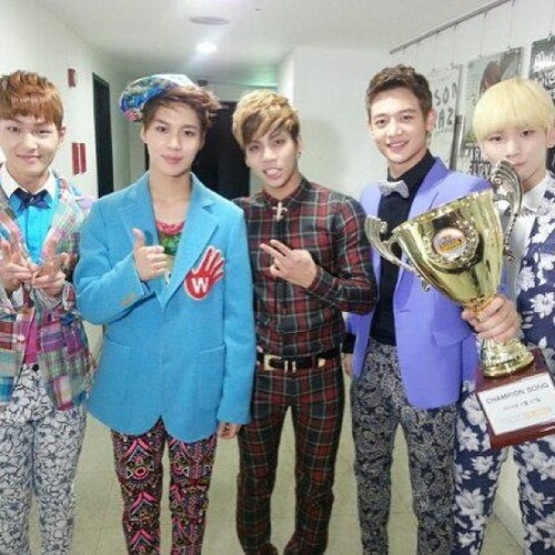 Congrats on SHINee winning Show Championship!&My 100th photo on instagram(: SHINee FIGHTING!~ #kpop #shinee #minho #taemin #taeman #key #jonghyun #onew #shawol