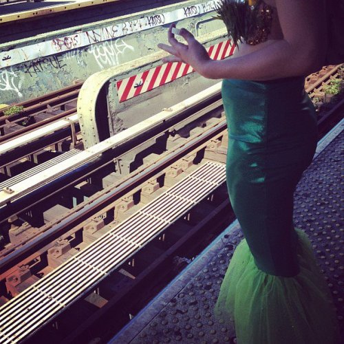 Sometimes Mermaids take the subway…  ♥ Costume made by ei.Works with a little guidance from Mama Hollis ♥