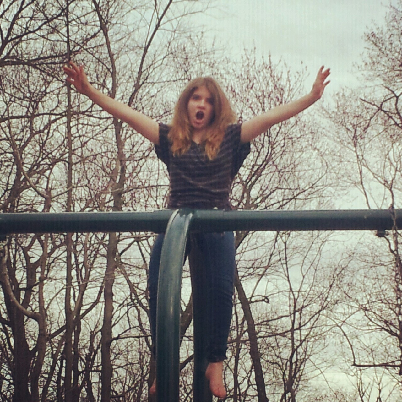 bri would go on top of the swings! my bestie frendie!! i wuv y!!