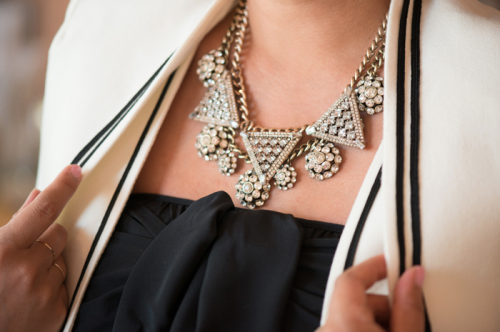 How gorgeous is this Honestly… WTF for BaubleBar necklace?! Peep the rest of the collection here