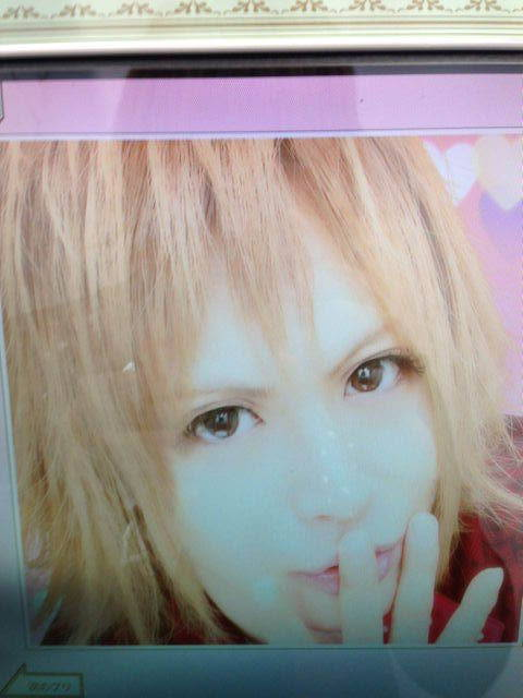 Day-9. Ur fav. Peco pic. I like this one a lot, Peco has such a nice personality to me. He's incredibly adorable and he often seems like he lives in his very own little world.