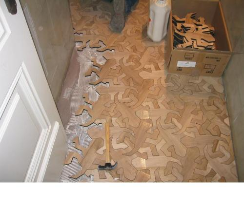 lickypickystickyme:  Great or great? Wooden Escher floor is too awesome.