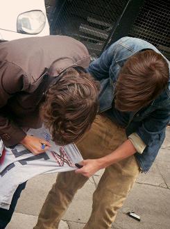 louis tomlinson Harry Styles 2011 candids edit: photoset lourry edit: val