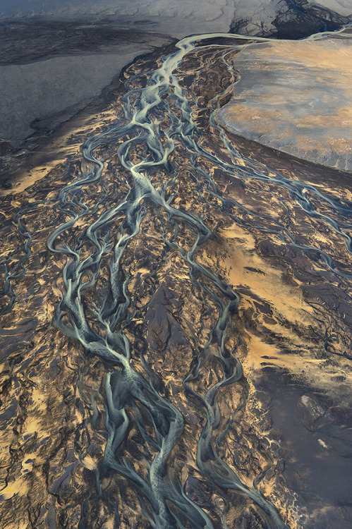 "ruineshumaines:  Andre Ermolaev  ""This is just a river, just a volcano, just our planet."""