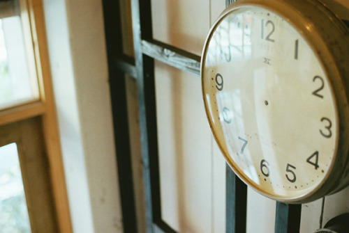 dr-amat:  needleless clock by I.E. on Flickr.