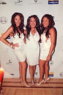 Me with my Mom and Twin :-) All WHITE AFFAIR