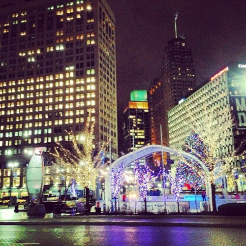 #detroit #iceskating #christmaslights
