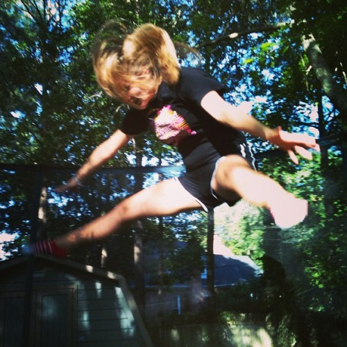 Aunt Caity, Alex, and I on the trampoline. #teamexercise #fun #jumping #madups @caitlyn_hann