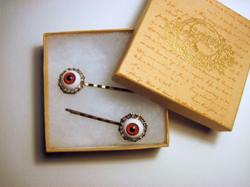 New from Slink Skull Studios Eyeball bobby pins