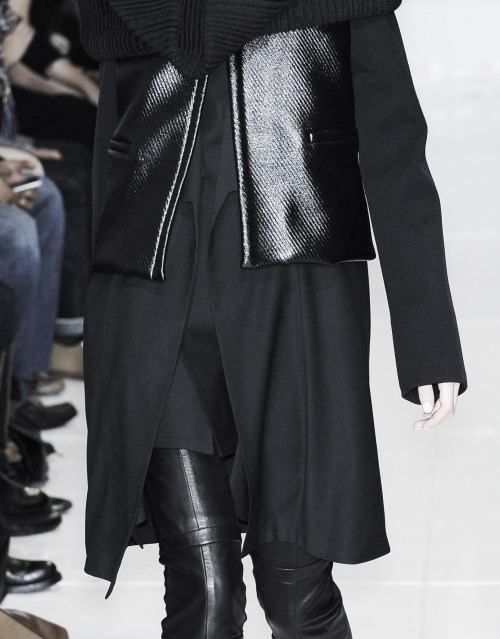 edge-to-edge:  Rad Hourani Fall Winter 2009/2010