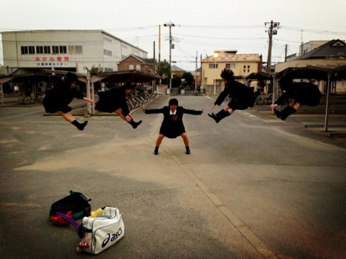(via Ordinary Japanese as Superheros | Adverblog)