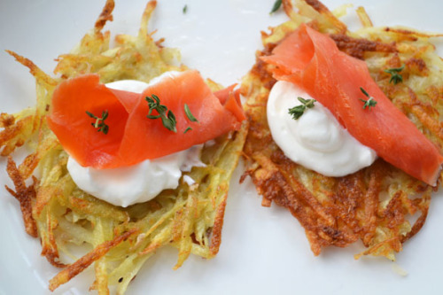 foodopia:  smoked salmon latkes: recipe here