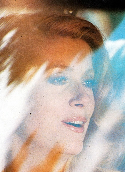 Catherine Deneuve in 'Courage Fuyons', 1979.