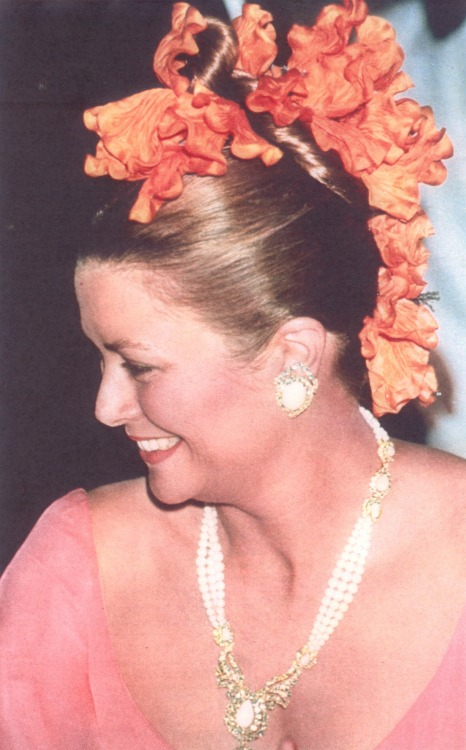 graceandfamily:  Grace of Monaco - Red Cross Ball 1975