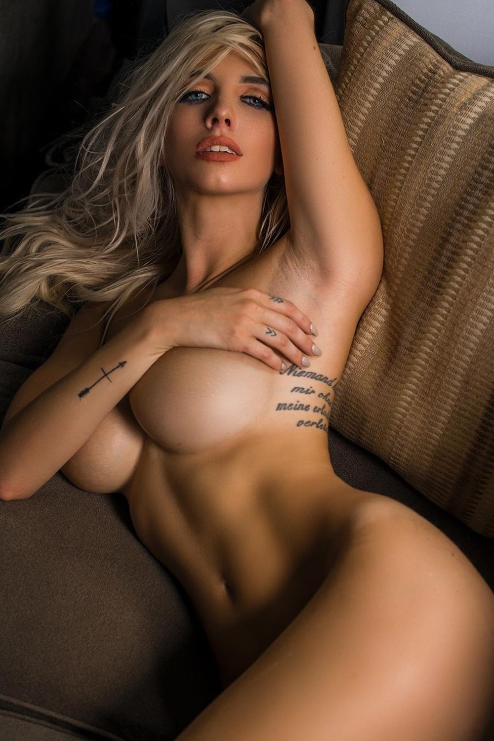 #Samantha Allyson #Samantha Allyson#perfect body#beautiful models#beautiful sexy#stunning beautiful