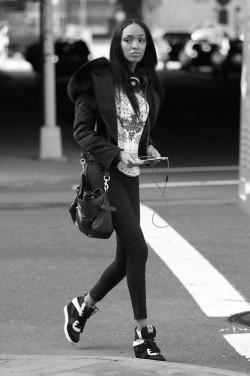 senyahearts:  Model: Jourdan Dunn Street Style