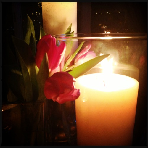Candles and tulips. #tulip #nye