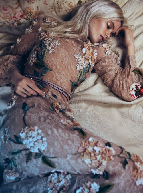 """bloom forth"": abbey lee kershaw for vogue china may/12"