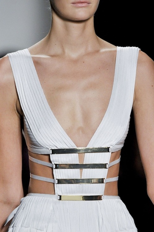 tell-me-all-about-fashion:  Hervé Léger by Max Azria