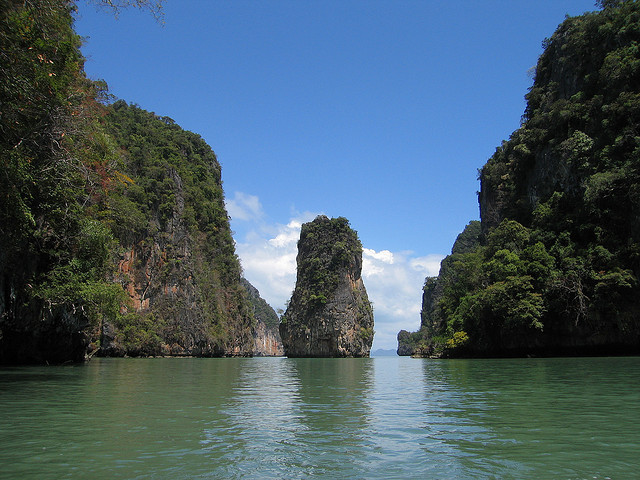 tropicalism:  Phang Nga Bay by Brent73 on Flickr.