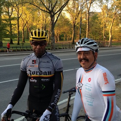 The #Grimpeur Bros. this morning, 6:00 am Central Park, #NYC. @DJordanRacing @TeamYachtClub. The  #Grimpeur ride started w/#CPK laps. #BikeNYC #BikeATX #cycling #coffee #rapha #RGR #rideyourbike #drinkgreatcoffee  #tycrgr13 #specialtycoffee