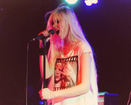 theprettyreckless-silence:  Taylor Momsen | via Facebook on @weheartit.com - http://whrt.it/15fwPyn