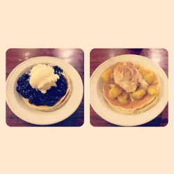 Blueberries and Jamaican Banana 😁 (at The Original Pancake Kitchen)