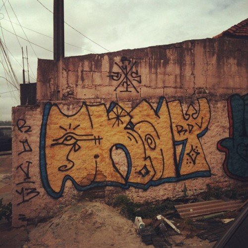 #graffiti #throwup