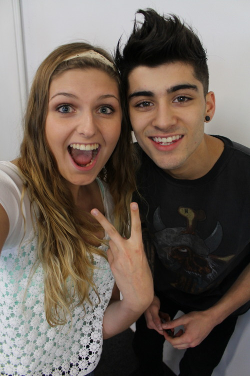 groovystyles:  MY SISTERY AND ZAYN (X)