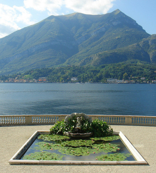 allthingseurope:  Villa Melzi, Bellagio, Italy (by Chriscious)
