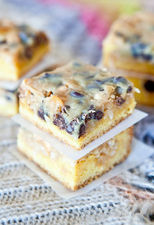 miscellaneousdesserts:  Milky Way Chocolate Cookie Crumble Bars