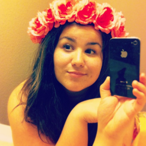 I mades me a flower crown tonight.