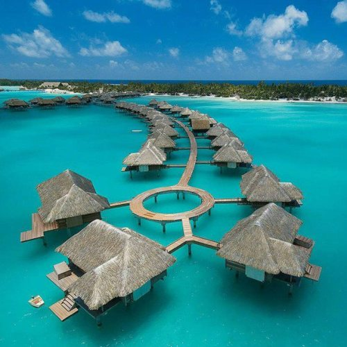 earth-phenomenon:  Four Seasons Resort in Bora Bora island, French Polynesia.