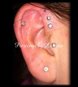 Double forward helix with 2.5mm and 2mm prong set CZ gems from Neometal!