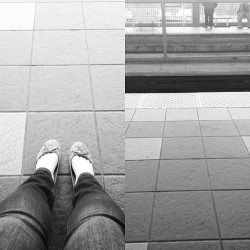 Waiting for the skytrain. Up and off to work early today because of a dentist appointment this afternoon.