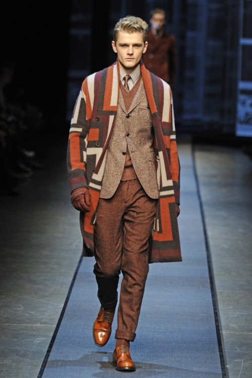 Can I have this coat please? Canali AW13 www.avenueswank.com