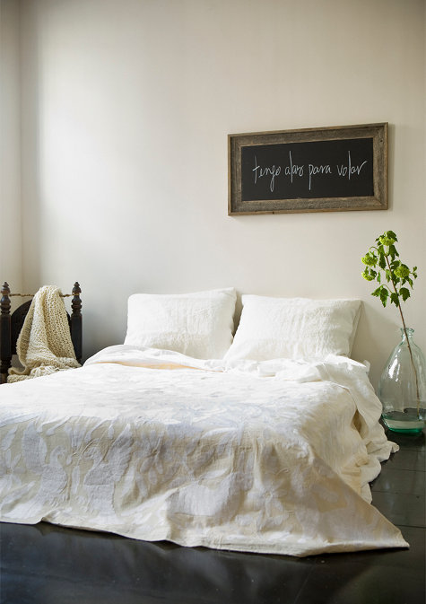simplicity (via sneak peek: laura aviva | Design*Sponge)