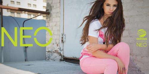 @adidasNEOLabel: Are you our biggest #NEONATOR? Get the #selenagoesNEO header