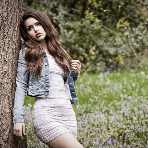 Melancholy Emma #tree #bluebells #blue #denim #jacket #dress #beauty #girl #cute #brunette #woods #forest #nofilter #bestoftheday #instagood #instalike #followme #model #fashion #portrait #portraiture #photoshoot #photography #jonhowsonphotography  (at Ecclesall Wood)