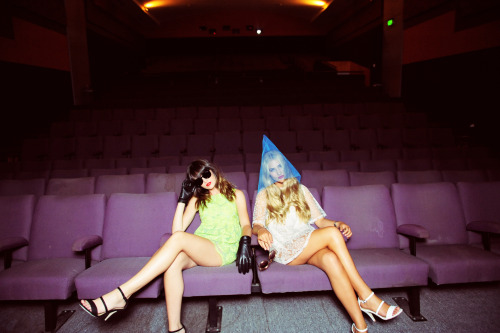 thinhdong:  Outtake #4. Eve and Bec at the cinema
