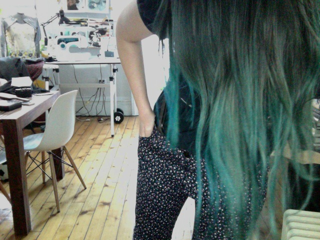 made blue pants, made hair blue.