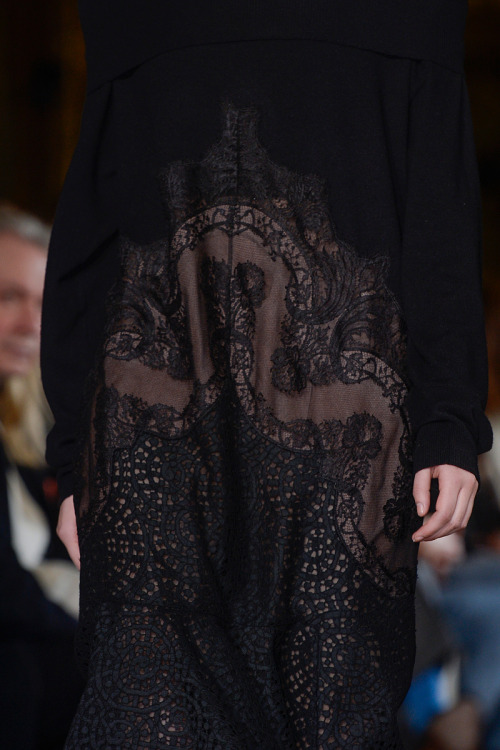 models-on-the-runway:  stella mccartney f/w 2013