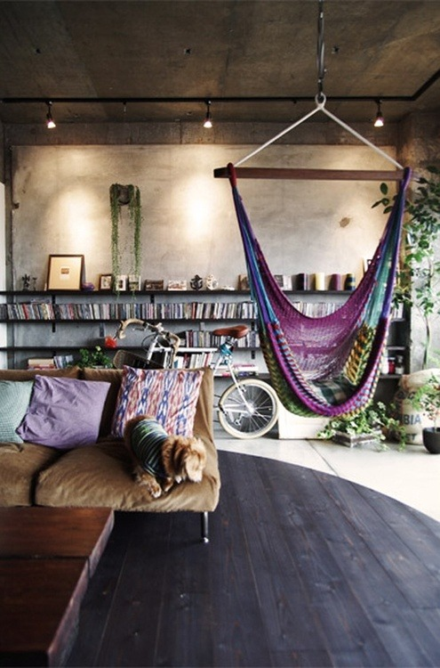 veloisto:  home.  I want a hammock chair…