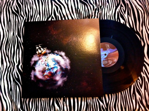 vinylfreaks:  Circa Survive-Violent Waves