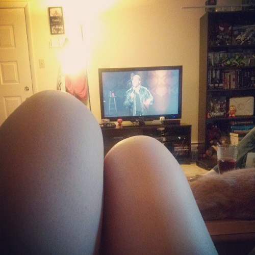 Enjoying kevin hart on this humid day<3 #kevinhart #seriouslyfunny