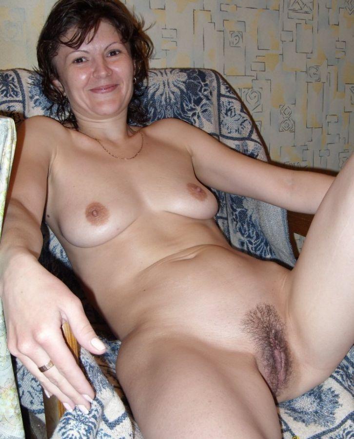 Как вам моя голая жена в общаге 15 фото  Порно фото