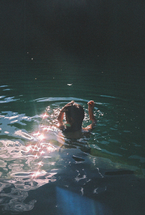 silva1996:  Tumblr on We Heart It. http://weheartit.com/entry/62063064/via/riihanna